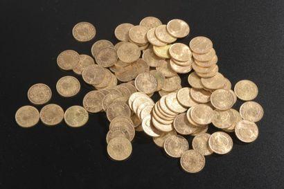 Quatre-vingt-dix-huit pièces en or de 20...