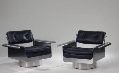 Pierre FOLIE (né en 1939) pour les éditions Jacques CHARPENTIER. Paire de fauteuils...