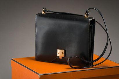 HERMES Paris Sac G8 en box noir, 24cm, deux...