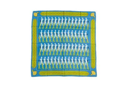 """HERMES Carré """"La Parade"""", fond bleu entourrage vert (une très petite tache, petites..."""
