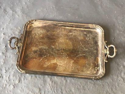 Plateau en métal argenté de style Louis XV...