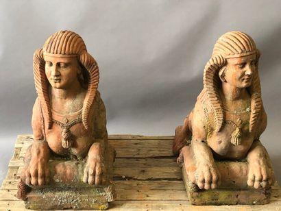 Paire de statues de parc en terre cuite,...