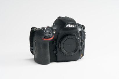 Appareil photographique. Boitier Nikon D810...