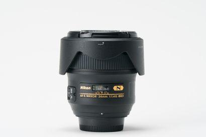 Appareil photographique. Objectif Nikon AF-S...