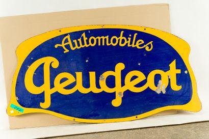 PEUGEOT Automobiles.  Sans mention d'émaillerie, vers 1930.  Grande plaque émaillée...