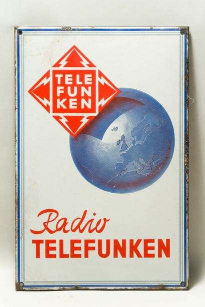 TELEFUNKEN Radio.  Sans mention d'émaillerie,...