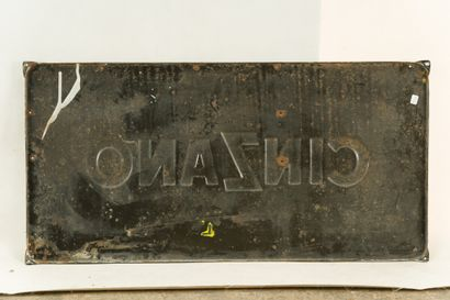 CINZANO à base de vin.  Signée Jean COLIN, vers 1950.  Émaillerie Alsacienne Strasbourg,...