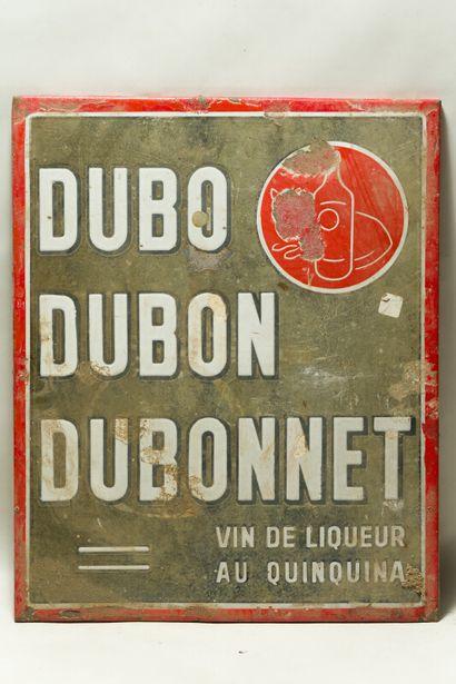 DUBO DUBON DUBONNET Vin de liqueur au quinquina.  Sans mention d'émaillerie, vers...