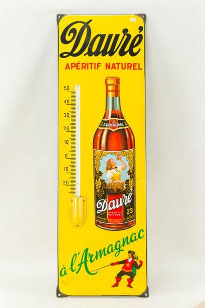 DAURÉ Apéritif naturel à l'Armagnac.  Émaillerie Alsacienne Strasbourg, vers 1950....