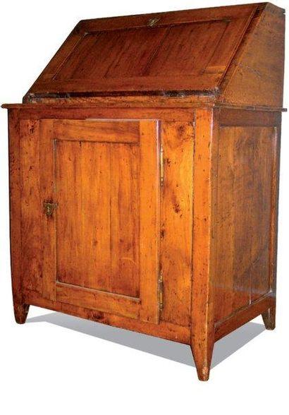 Bureau scriban en bois naturel, ouvrant à...