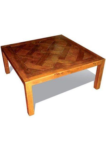 Table basse carrée en bois naturel à plateau parqueté.41 x 90 x 90 cm