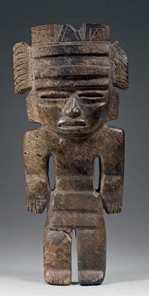 Idole. Néphrite. Mexique occidental, état...