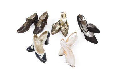 LOT de Cinq paires de souliers: Elle MASSARO,...