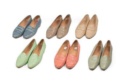 LOT de 7 paires de souliers dont 6 en autruche...