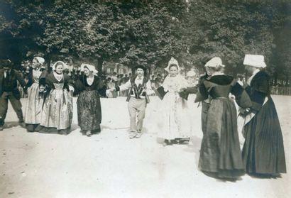 HUTIN TRAMPUS. Danse bretonne, vers 1910....