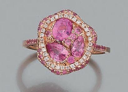 Bague «palette» en or rose (750 millièmes)...