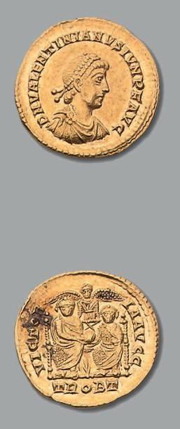 VALENTINIEN II (375-392) Solidus. Trêves....