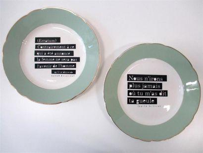 PETITE POISSONE Deux assiettes numérotées...