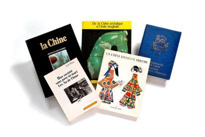 Lot de 5 livres comprenant La Chine, des...