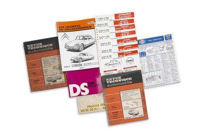 CITROEN DS  Lot de 13 revues techniques,...