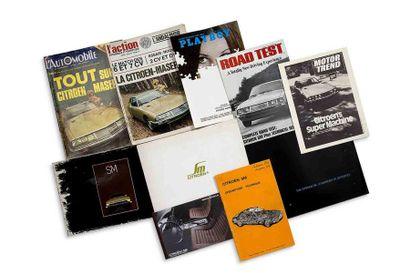 CITROEN SM  Lot de 10 catalogues, revues...