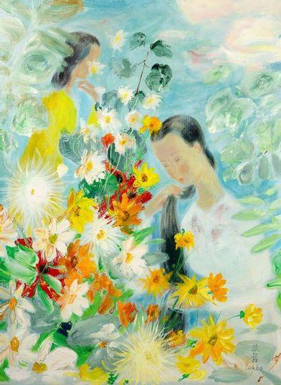 Le Pho (1907-2001) Jeunes filles dans un jardin fleuri Huile sur toile, signée en...