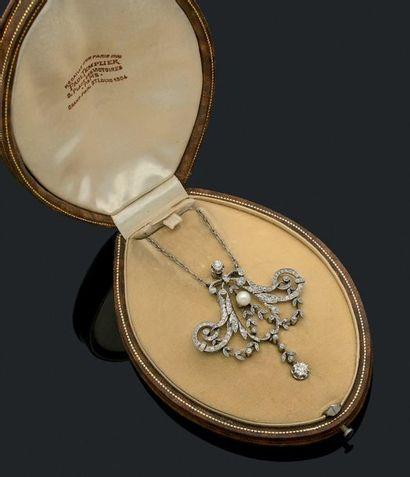 PENDENTIF «GUIRLANDE» Diamants taille ancienne,...
