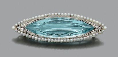 BROCHE «AIGUE-MARINE» Aigue-marine, perles...