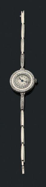 MONTRE DE DAME Diamants et platine (850)....