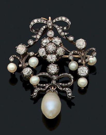 BROCHE-PENDENTIF «PERLES» Perles, diamants...