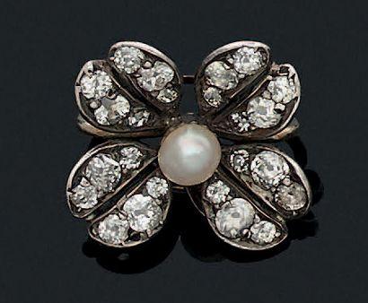 SERRE COLLIER «FLEUR» Perle fine, diamants...