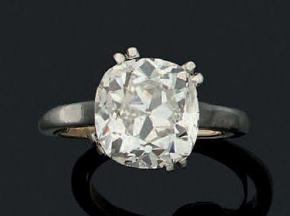 BAGUE «DIAMANT» Important diamant de taille...