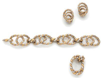 PARURE «DEUX ORS» Bracelet, broche et motifs...