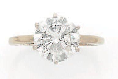BAGUE «SOLITAIRE» Diamant taille brillant...