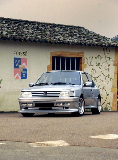1993 Peugeot 309 GTI 16 DIMMA Compresseur L'unique 309 par Dimma ! Moteur à compresseur...