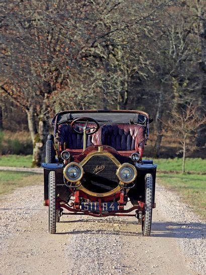 1907 Ariès Type 0 23 SPIDER 14/18 ch Dans la même famille depuis 1946 Légère restauration...