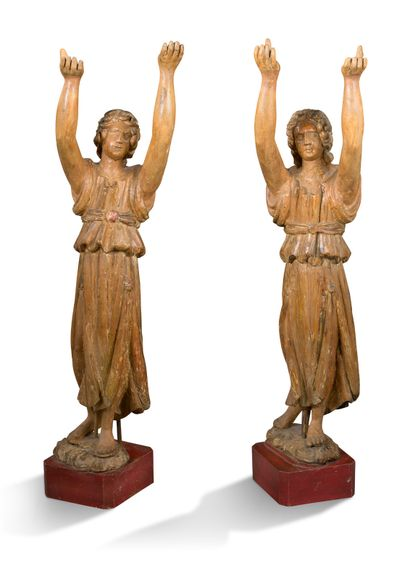 PAIR OF ANGELS in wood carved in the round,...