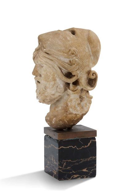 HEAD OF A MAN IN A HELMET White marble proof...