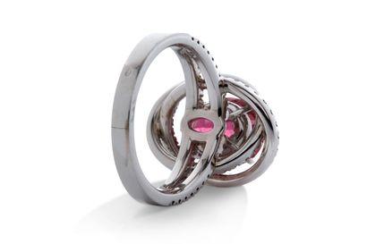 """Bague """"tourmaline""""  Tourmaline, diamants, or 18K (750)  Poids de la tourmaline:..."""