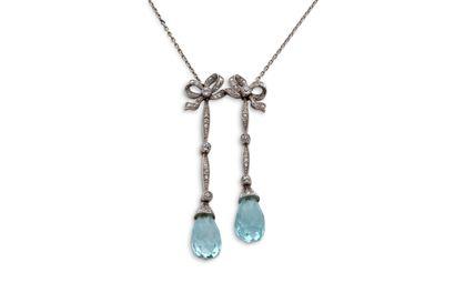 """Collier """"négligé""""  Aigue-marine, diamants taille ancienne et rose  Or 18K (750),..."""