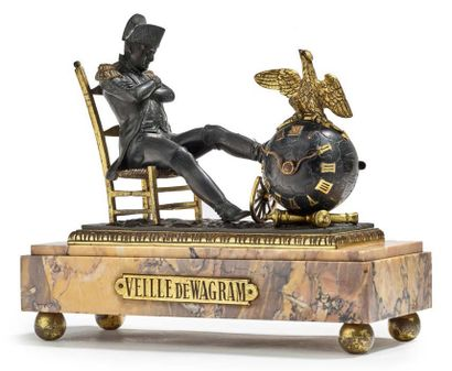 PENDULE «VEILLE DE WAGRAM». Groupe en bronze...