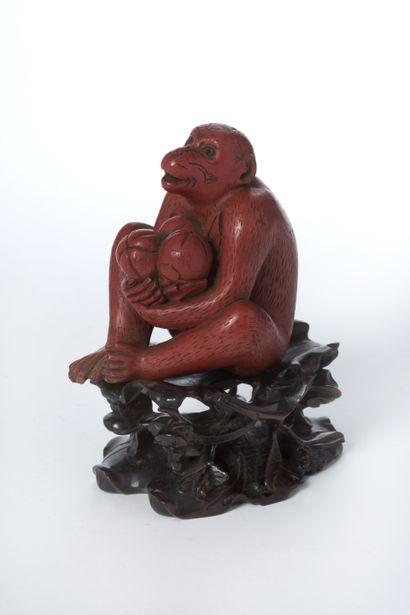 CHINE, Singe en bois sculpté