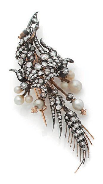 BROCHE «BOUQUET» Diamants taille rose, perles...
