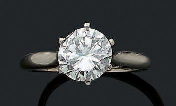 BAGUE «DIAMANT» Diamant rond taille brillant...