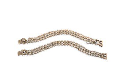 Paire de bracelets perles fines