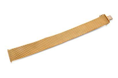 Bracelet ruban Bracelet ruban  Or jaune 18K (750)  Ecrin  L.: 19.5cm env. - Pb.:...