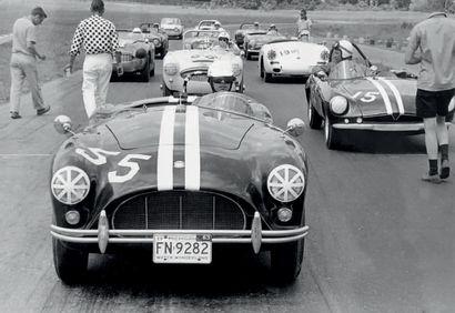 1958 AC ACE BRISTOL ROADSTER 5 propriétaires : le 1er de 1958 à 1964, le 2nd de 1964...