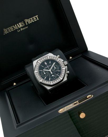 AUDEMARS PIGUET Réf. 26231 ST Boîtier No. J33603 Montre bracelet en acier et diamants...