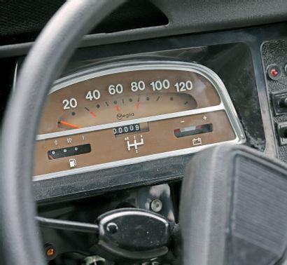 1990 Citroën 2 CV Charleston 9 km au compteur Voiture neuve d'époque, jamais immatriculée...