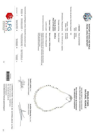 «PERLES FINES EAU DE MER ET EAU DOUCE» Collier de 31 perles fines eau de mer et...